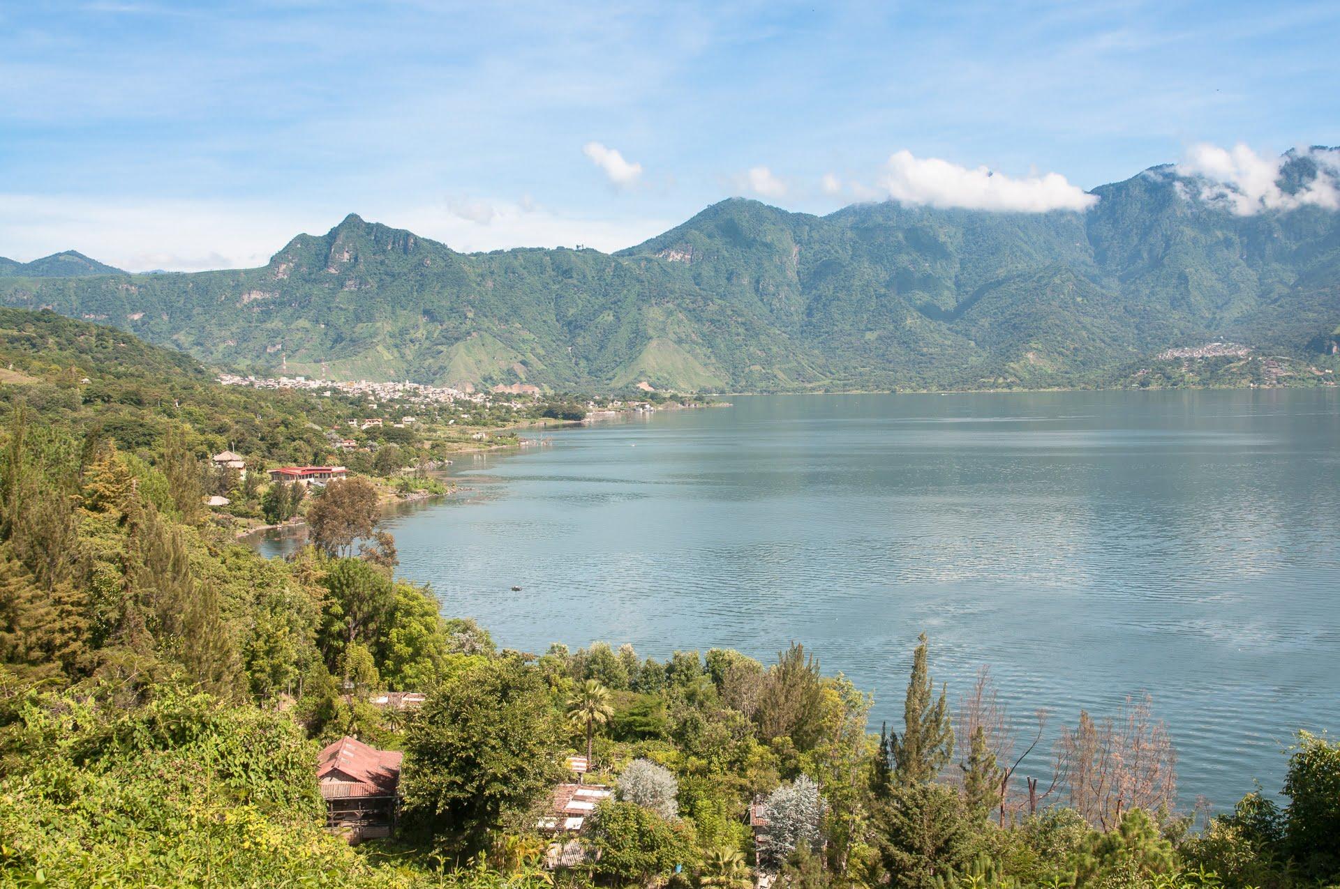 Les rives du lac Atitlan