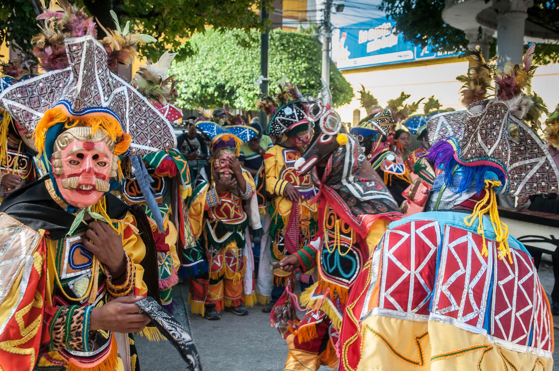 coban danseurs suite - Les globe blogueurs - blog voyage nature