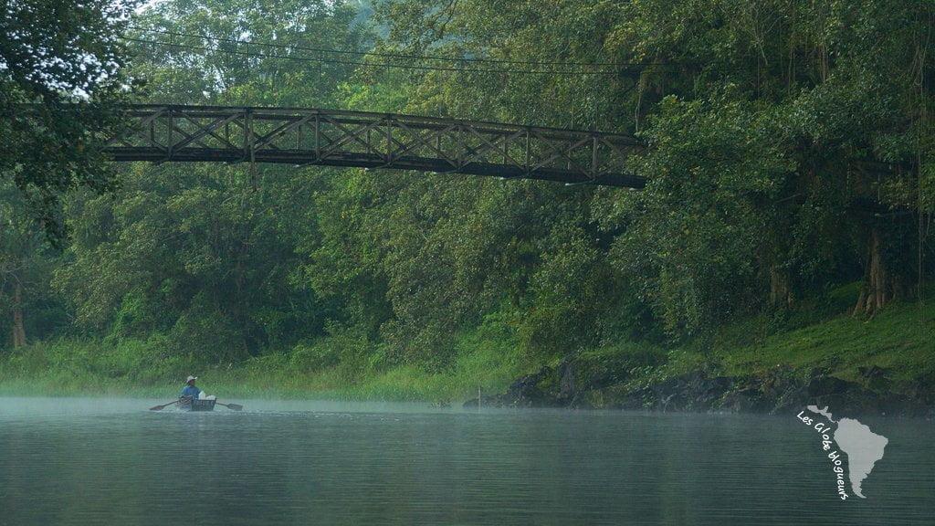 barque pont honduras lac brume