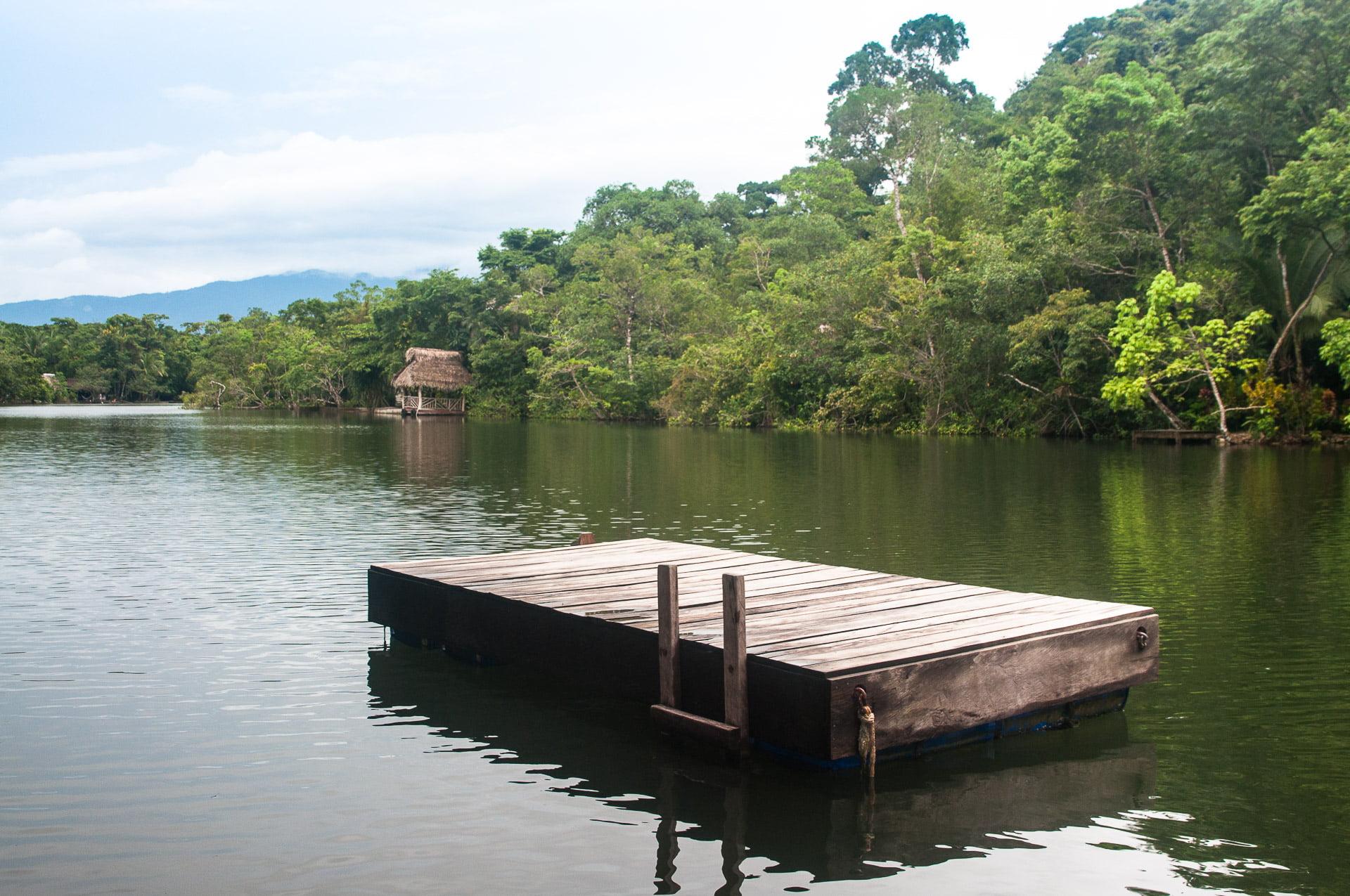 rio dulce ponton