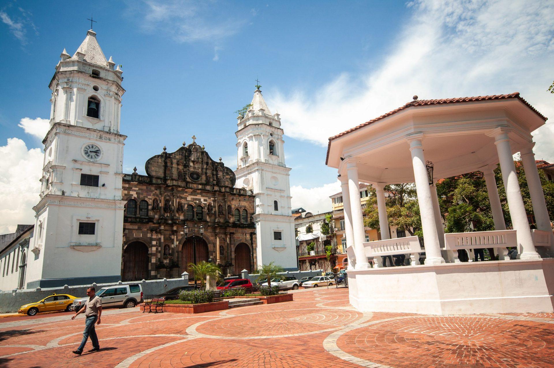 Panama city 4 scaled - Les globe blogueurs - blog voyage nature