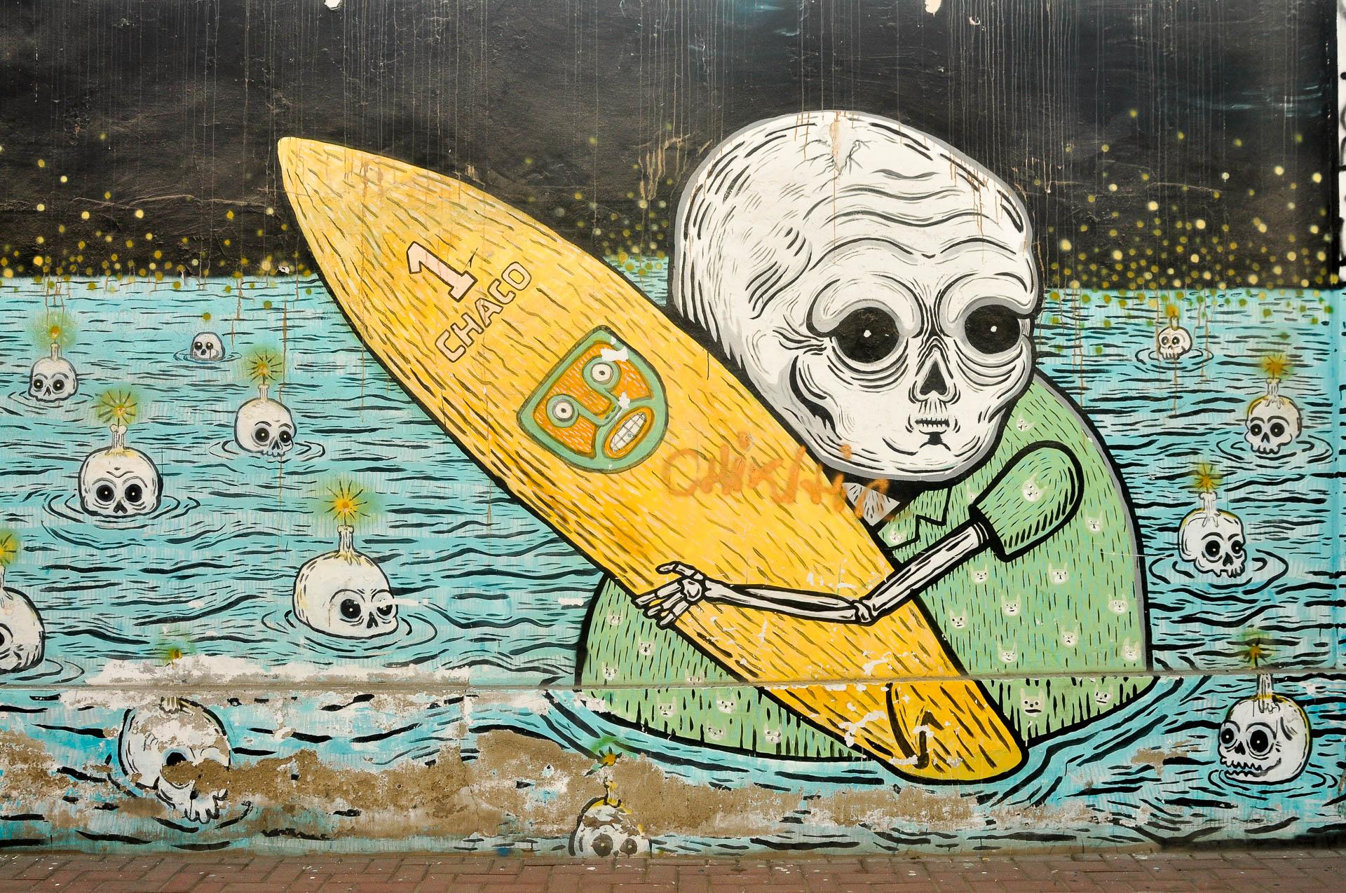 Huanchaco graff - Les globe blogueurs - blog voyage nature