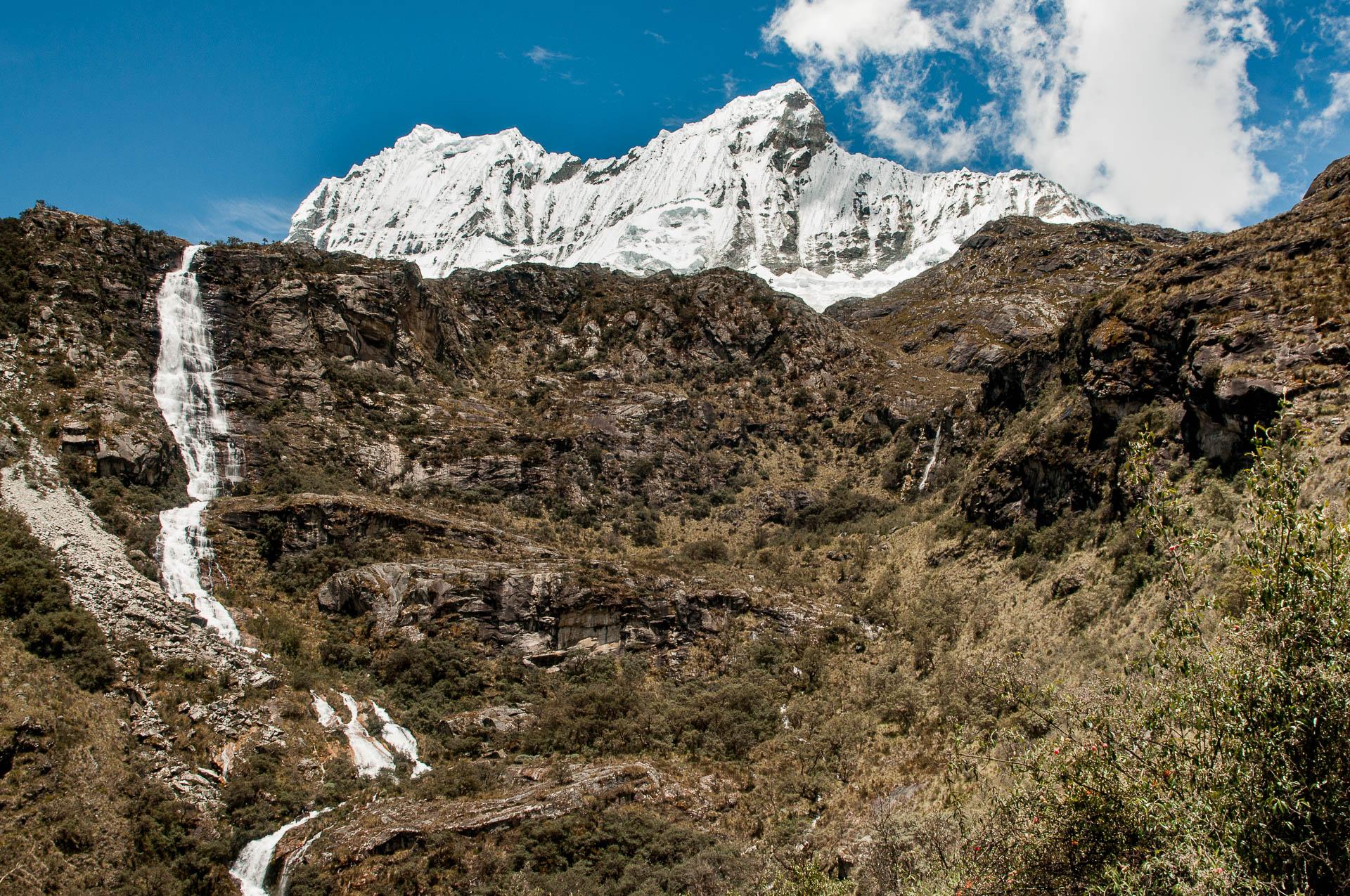 huaraz laguna 69 cascade vue - Les globe blogueurs - blog voyage nature