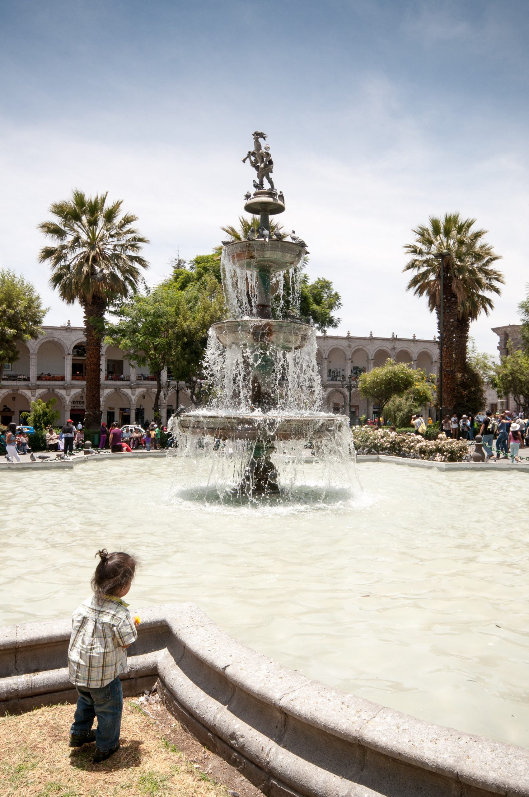 arequipa fontaine scaled - Les globe blogueurs - blog voyage nature