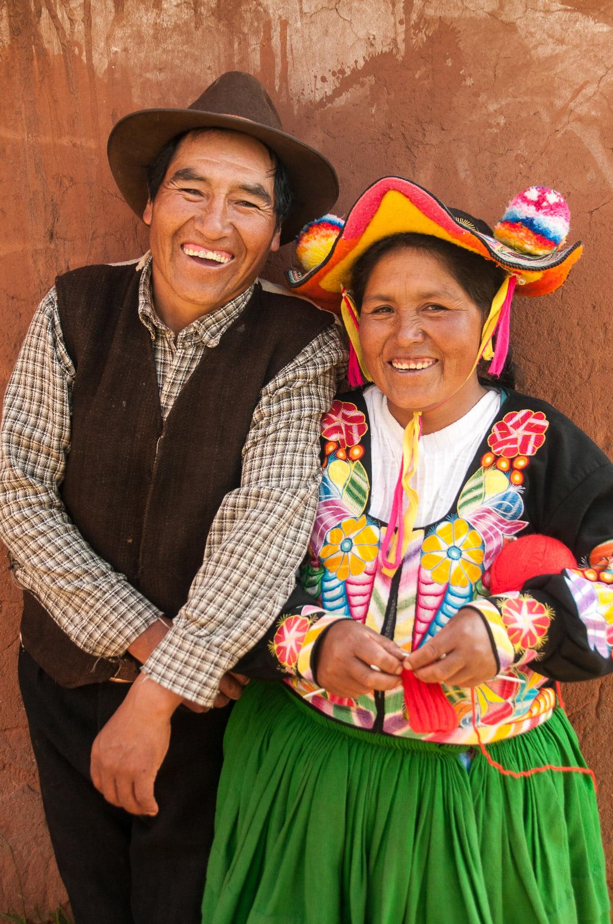 titicaca couple - Les globe blogueurs - blog voyage nature