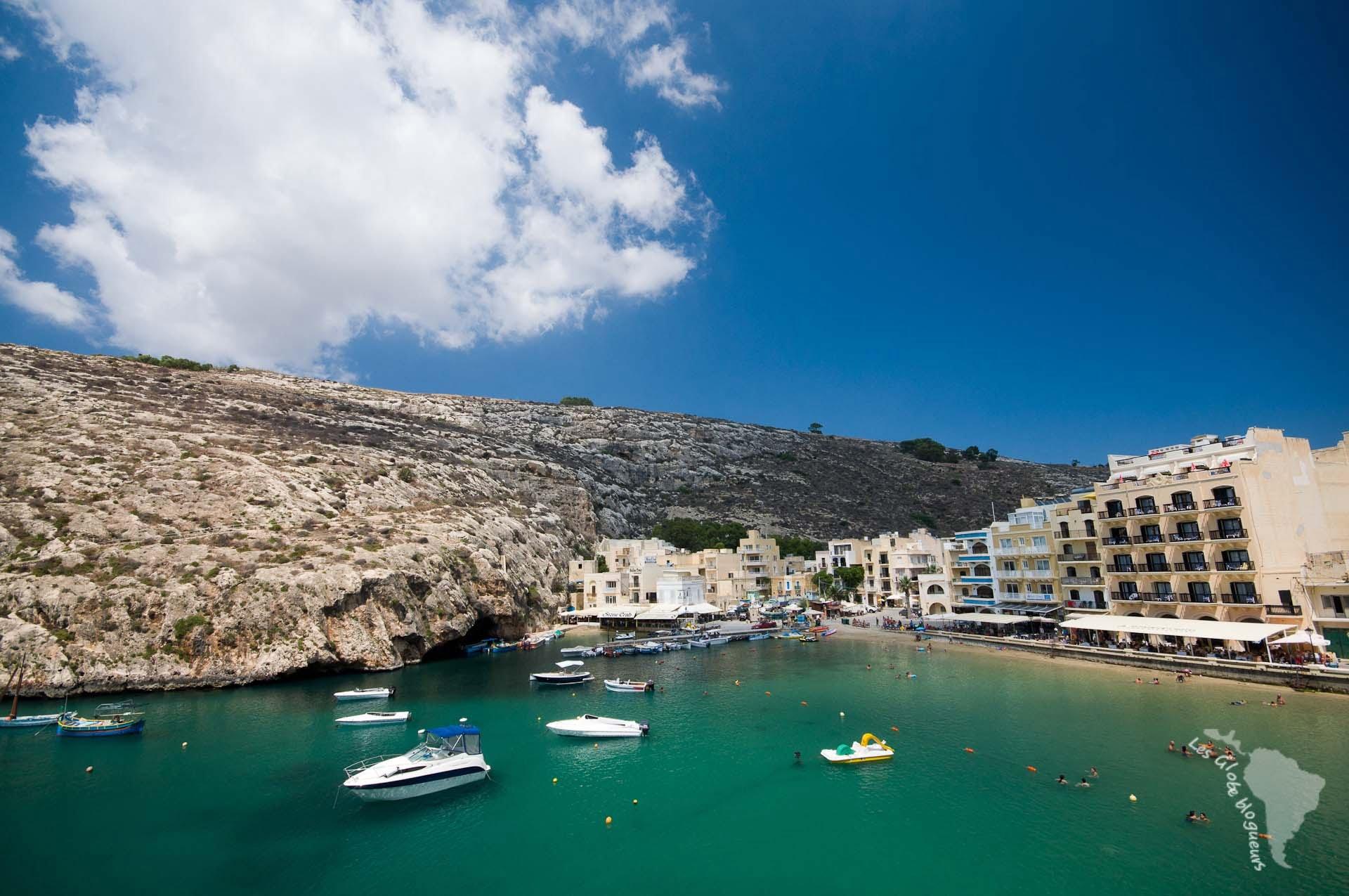 baie xlendi restaurant bateau gozo malte