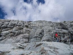 crins chemin roche uai - Les globe blogueurs - blog voyage nature