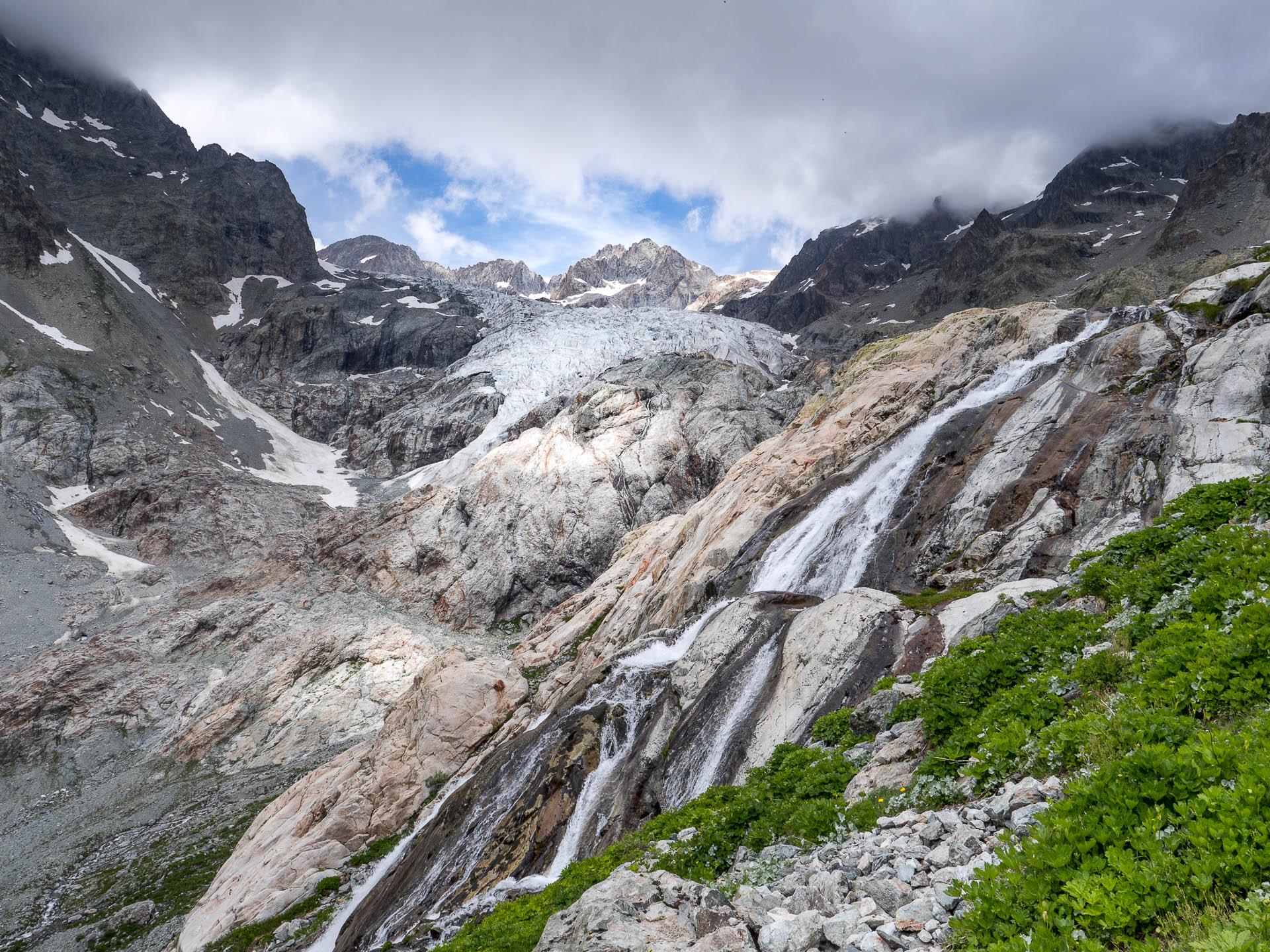 crins glacier cascade