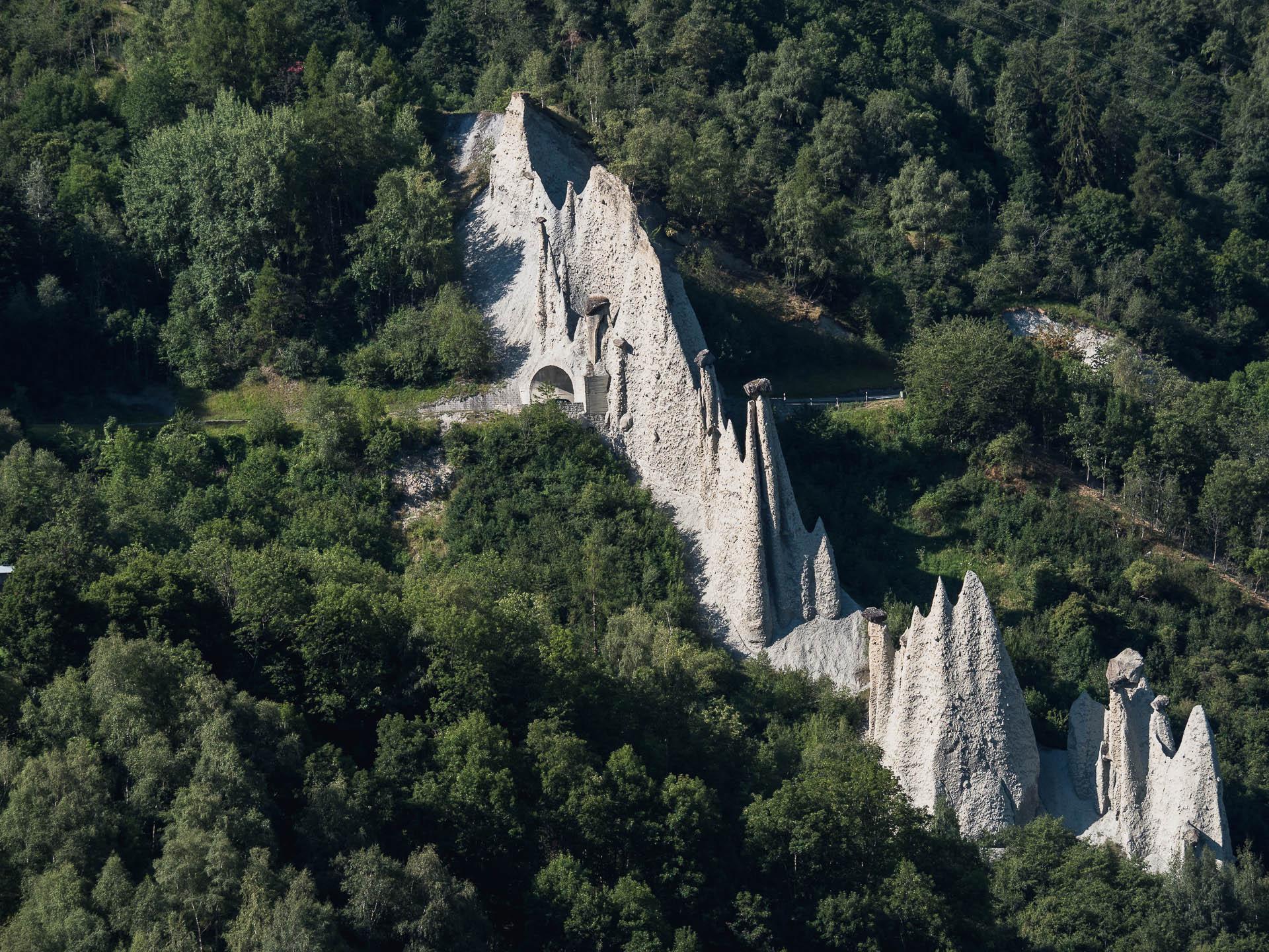 Les pyramides d'Euseigne formées par l'érosion