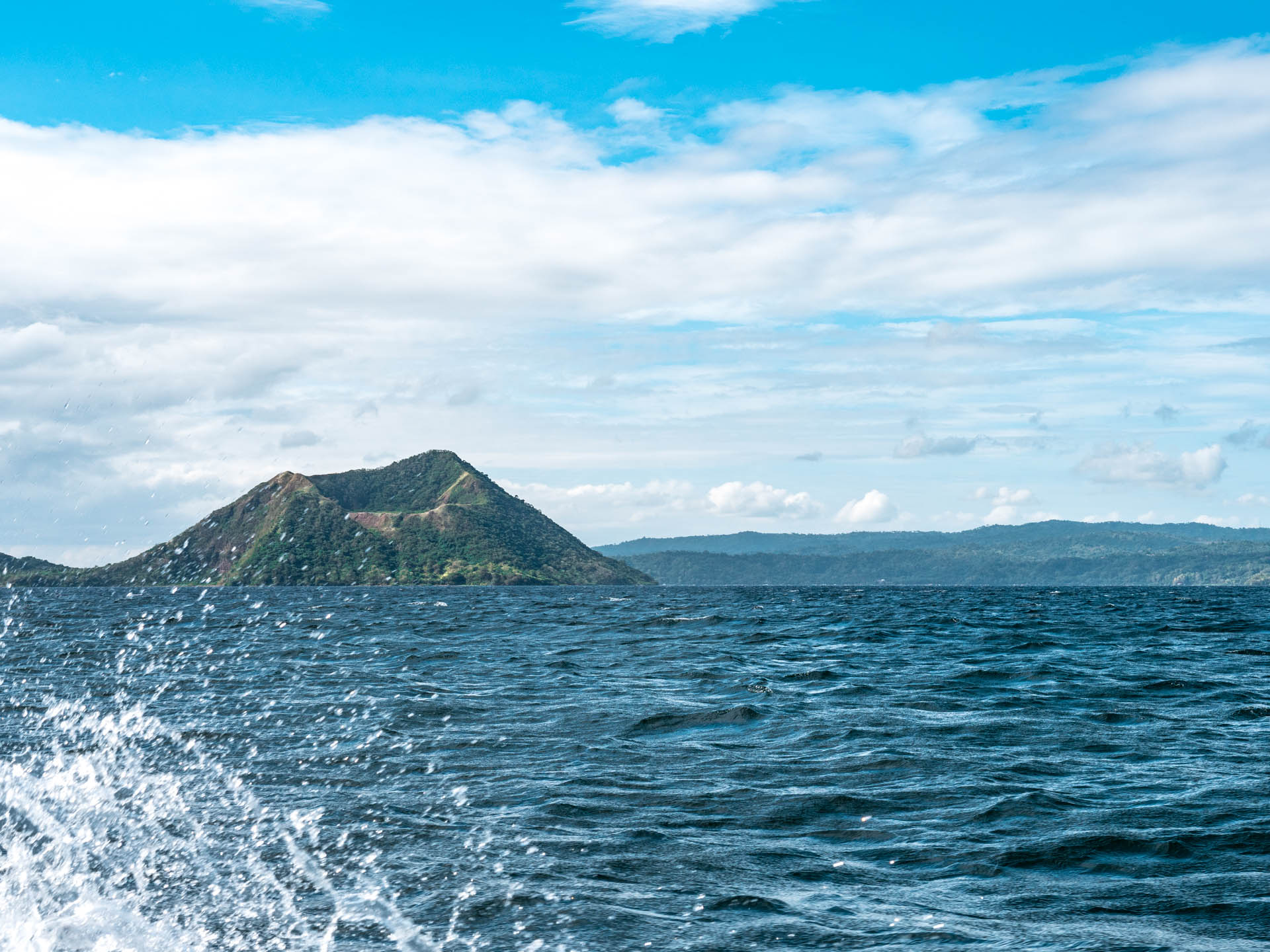 tagaytay bateau - Les globe blogueurs - blog voyage nature