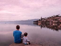 Vue sur le lac Toba à Sumatra en Indonésie