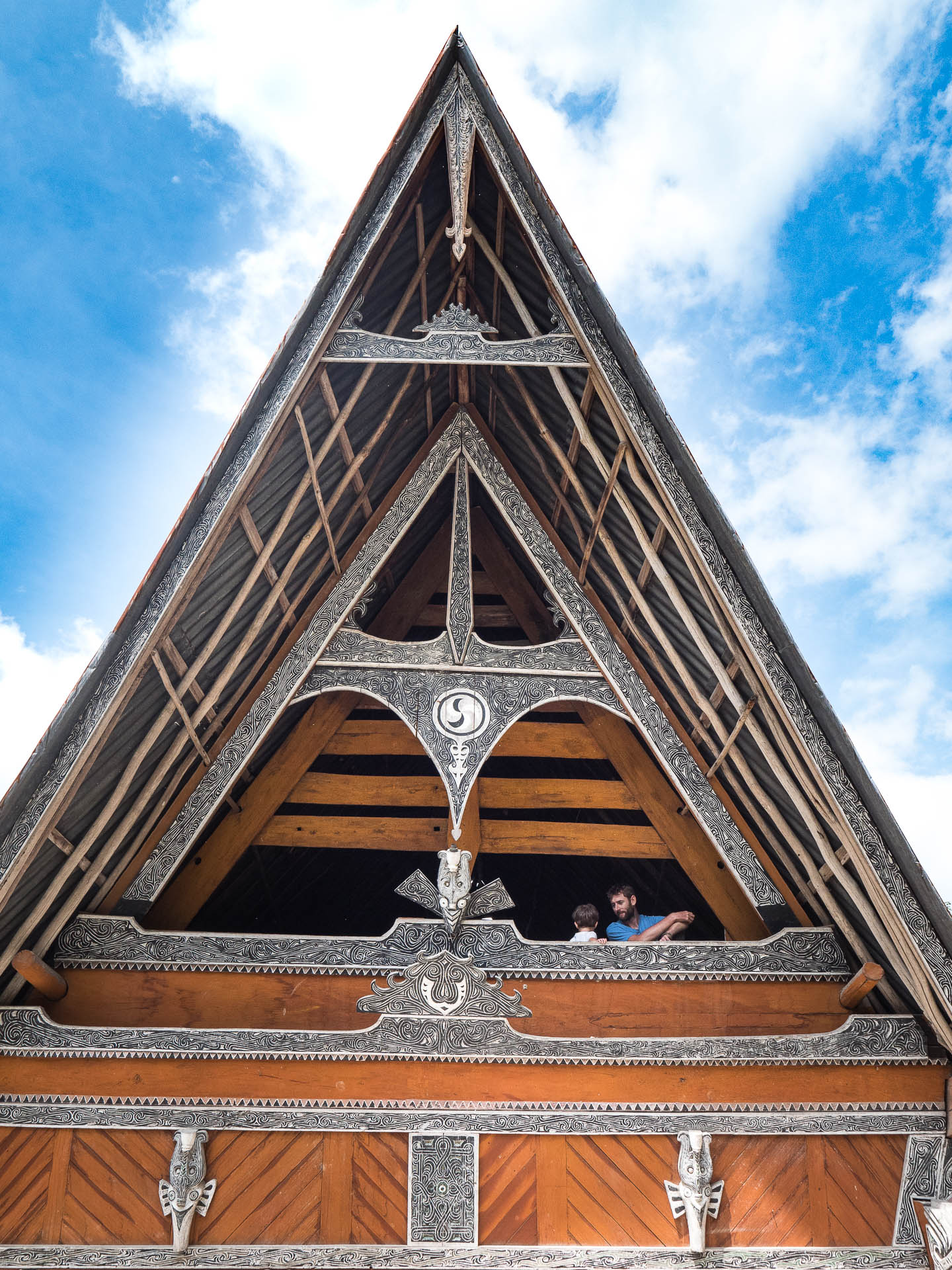 lac toba village batak toit