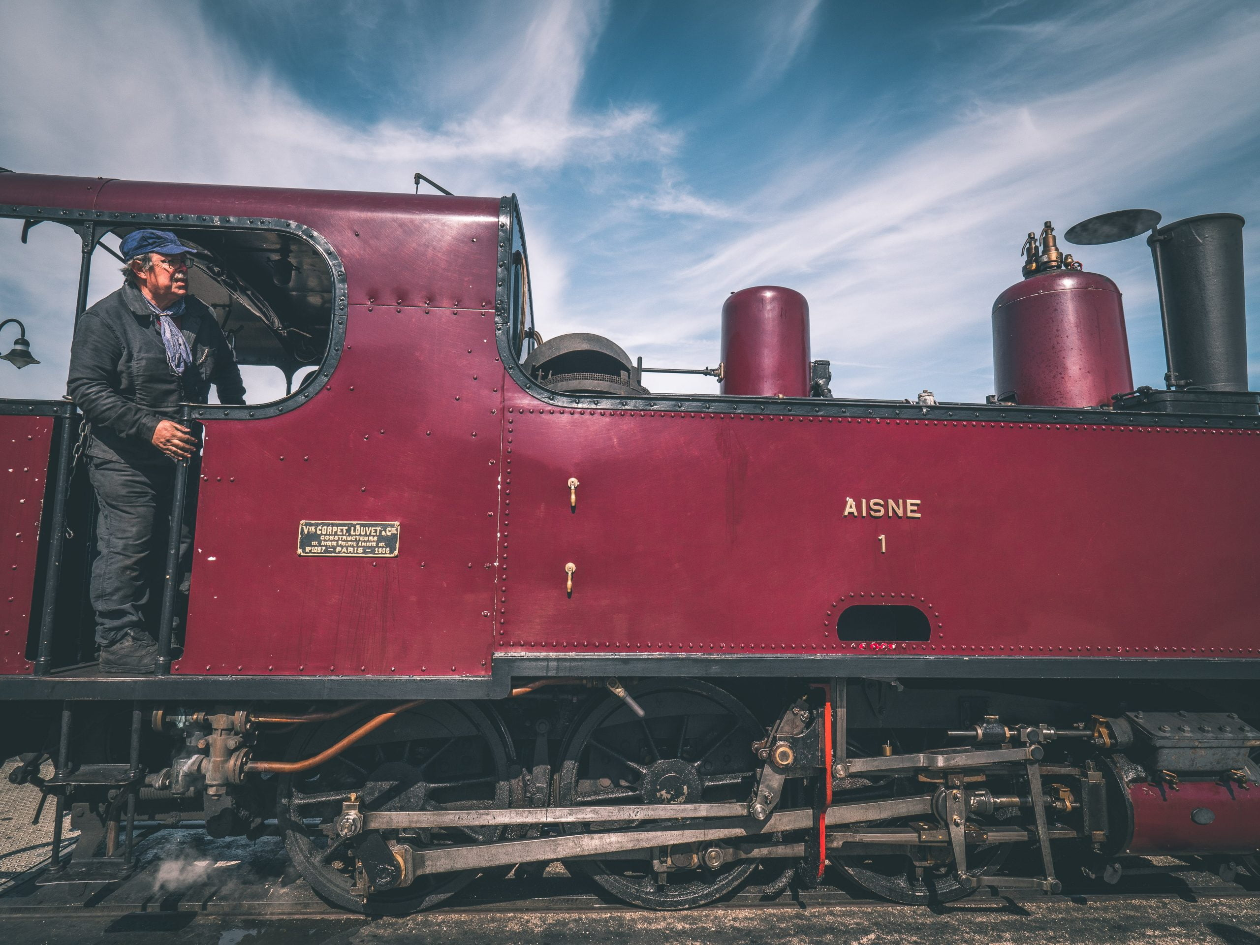 somme train cheminot scaled - Les globe blogueurs - blog voyage nature