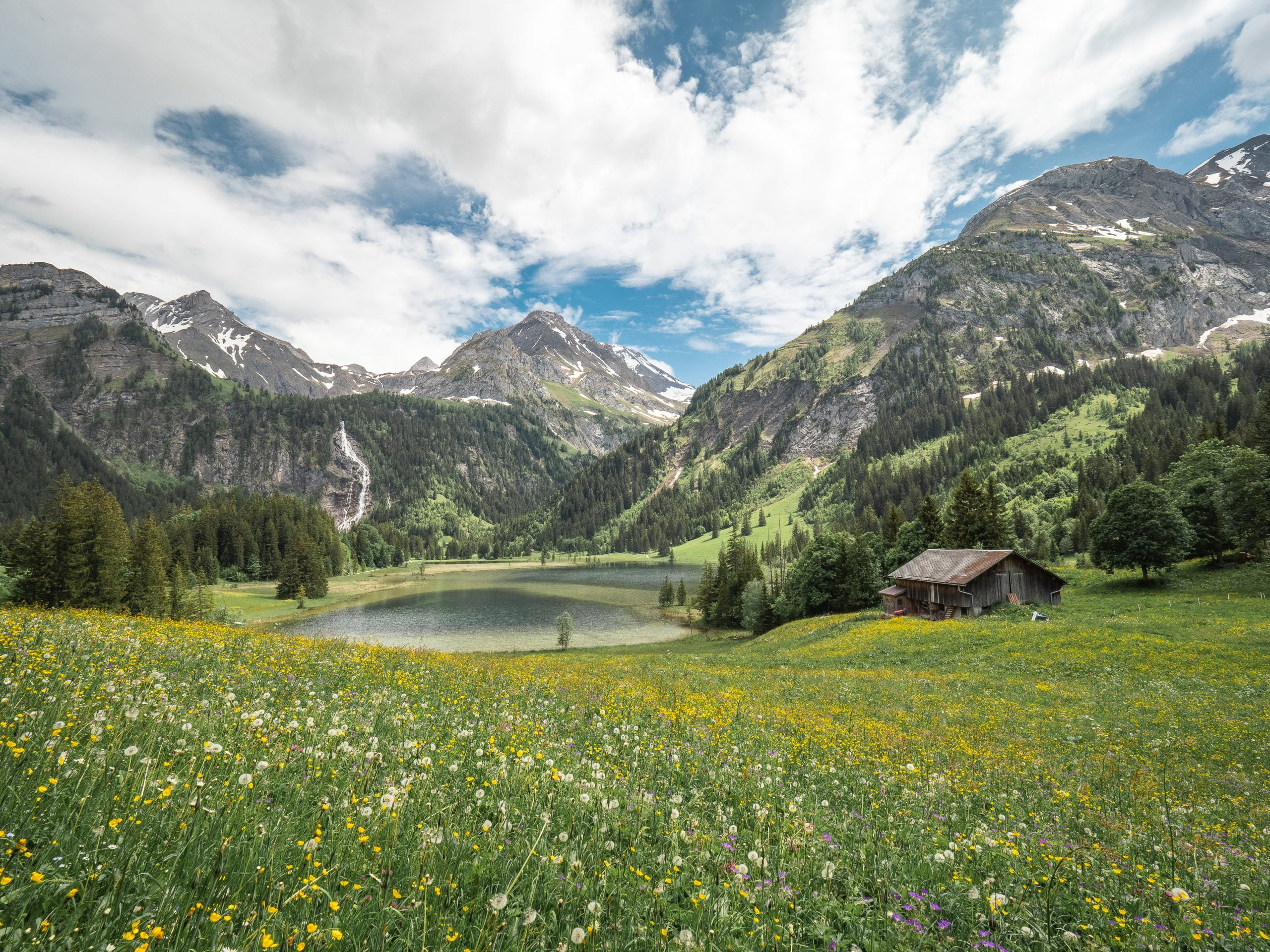 lac de lauenen - canton de berne Gstaad