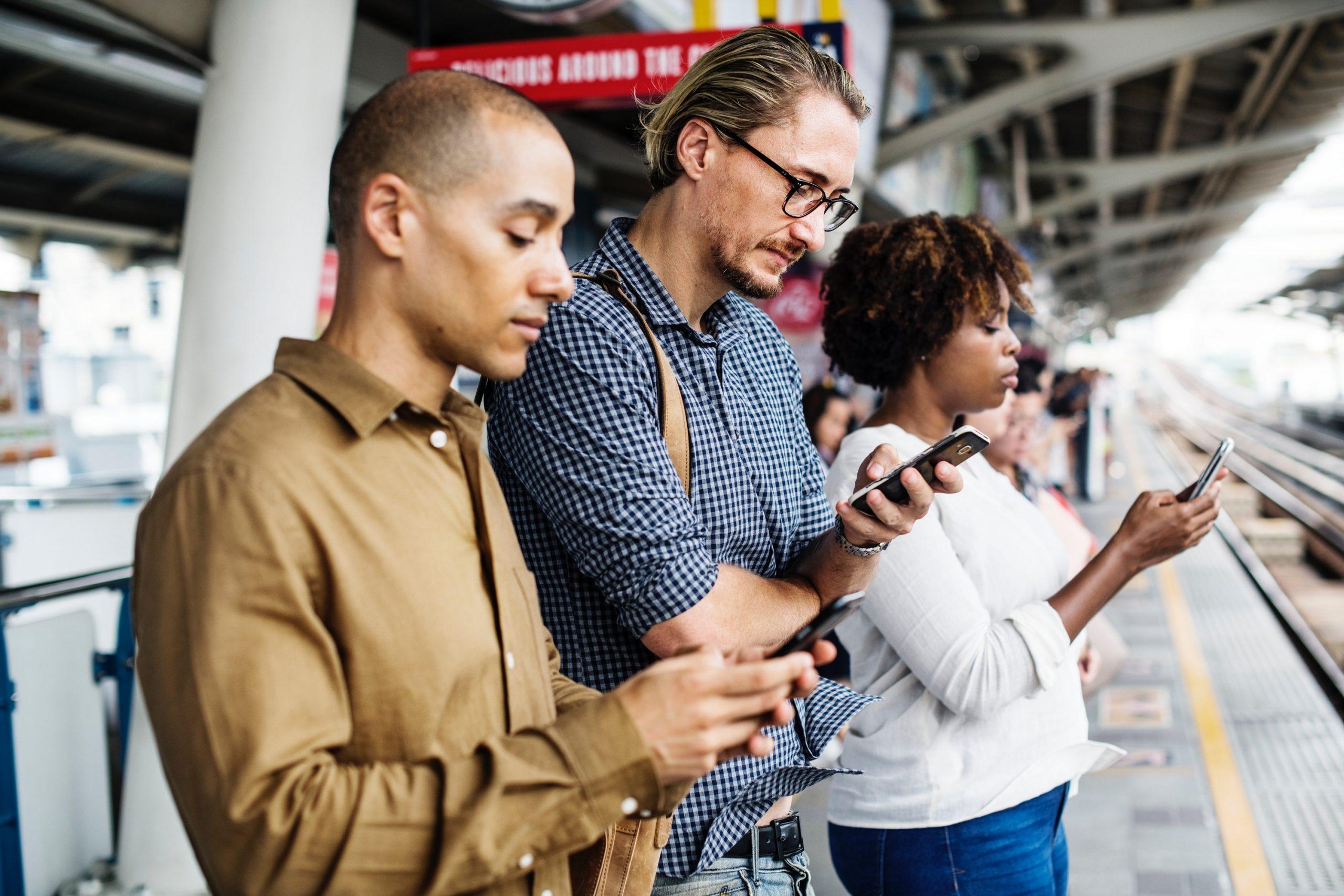 quel forfait mobile choisir pour acceder à internet en voyage à l'étranger