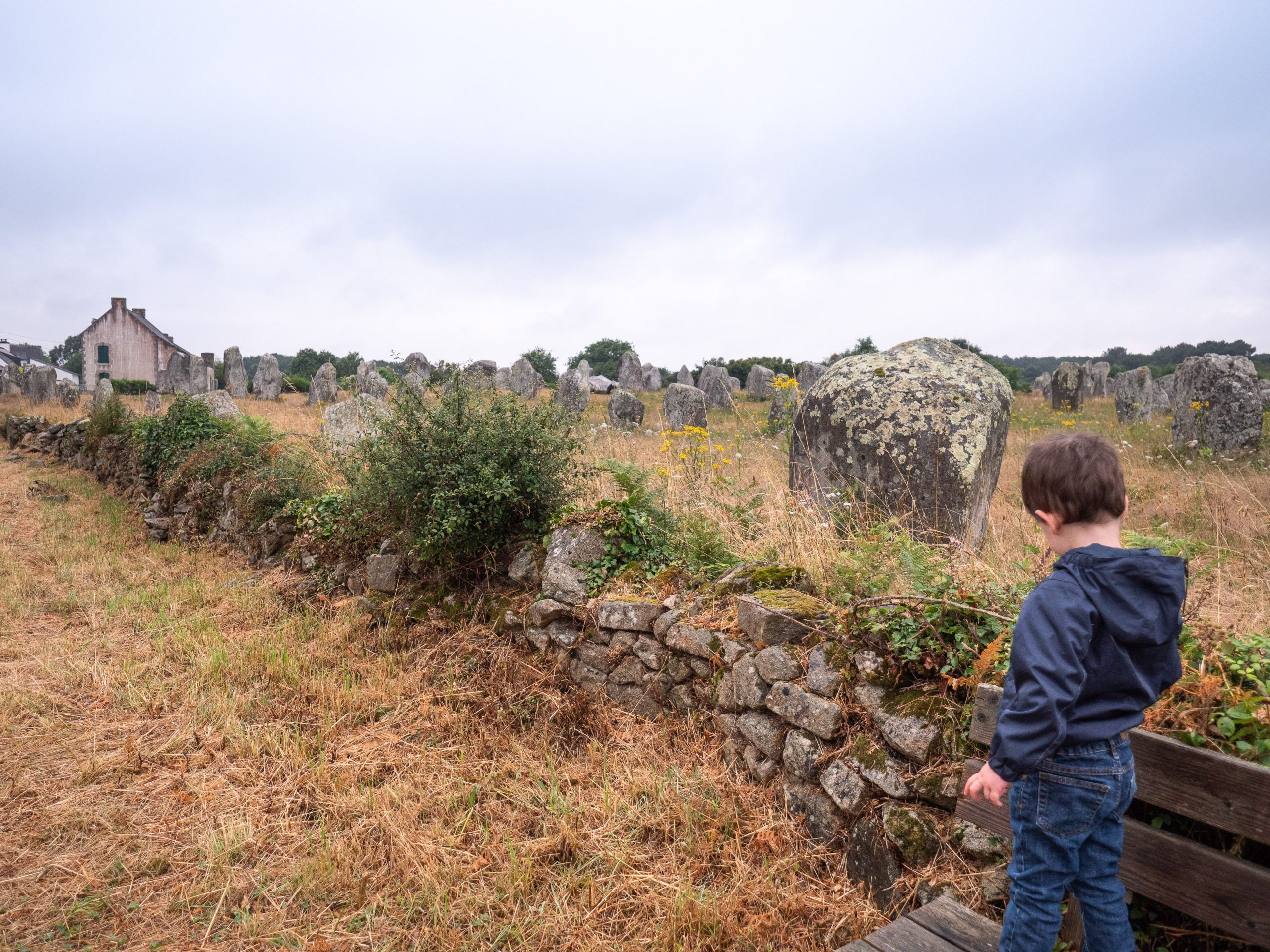 Carnac 1 scaled - Les globe blogueurs - blog voyage nature