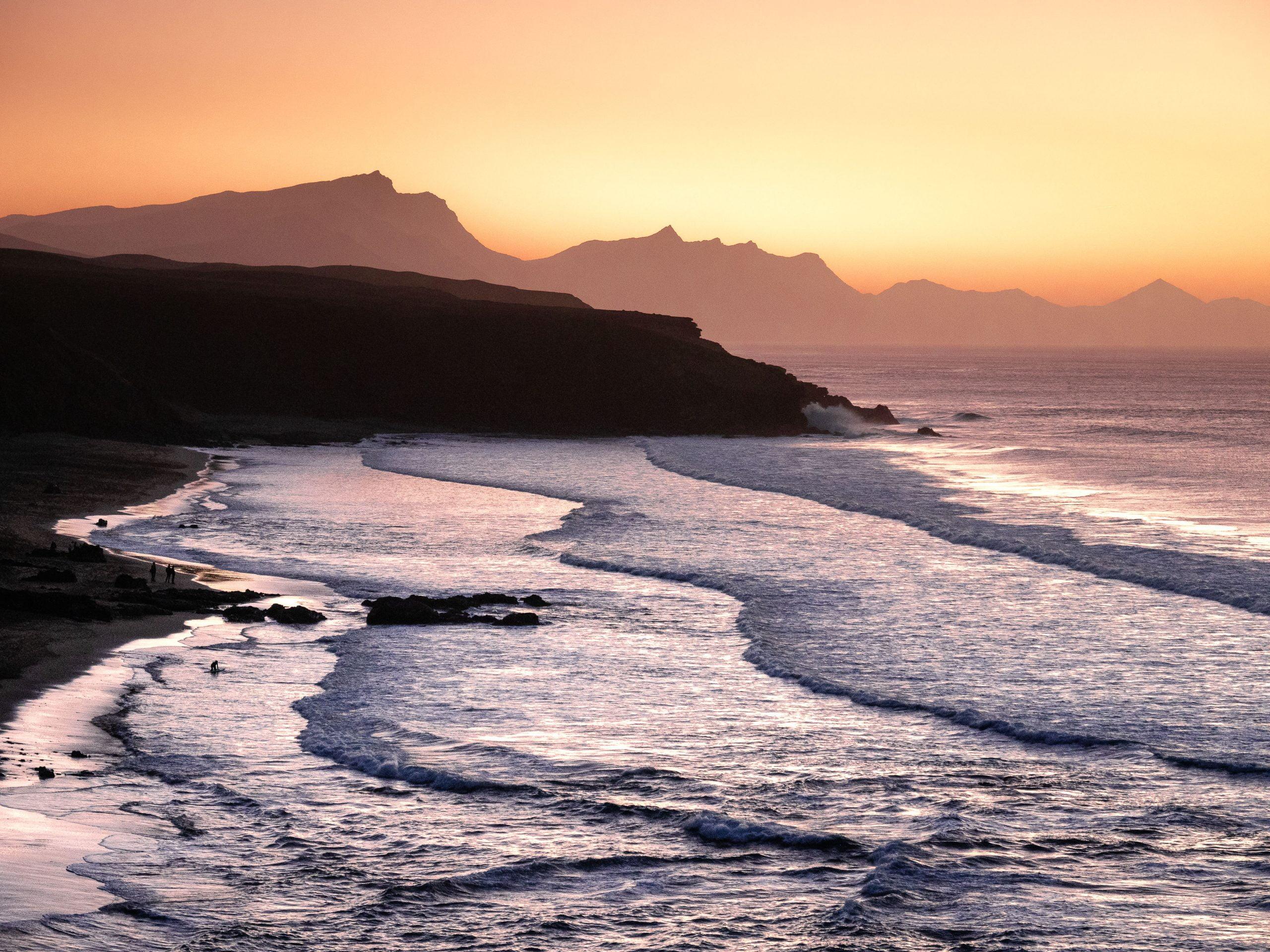 Coucher de soleil sur la plage de la Pared, à Fuerteventura