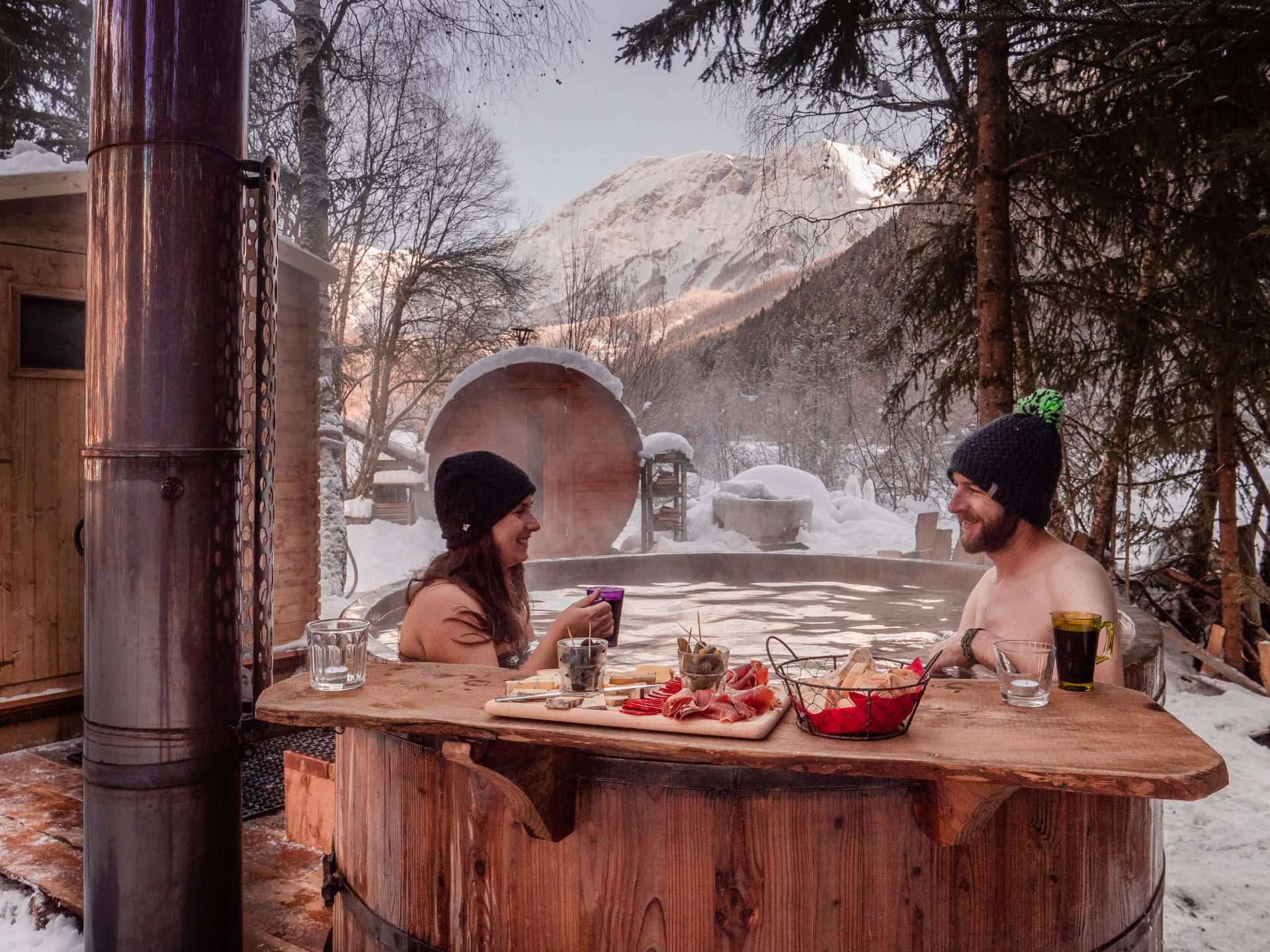bains du trappeur, bains nordiques à Orcières, vallée du champsaur hautes alpes