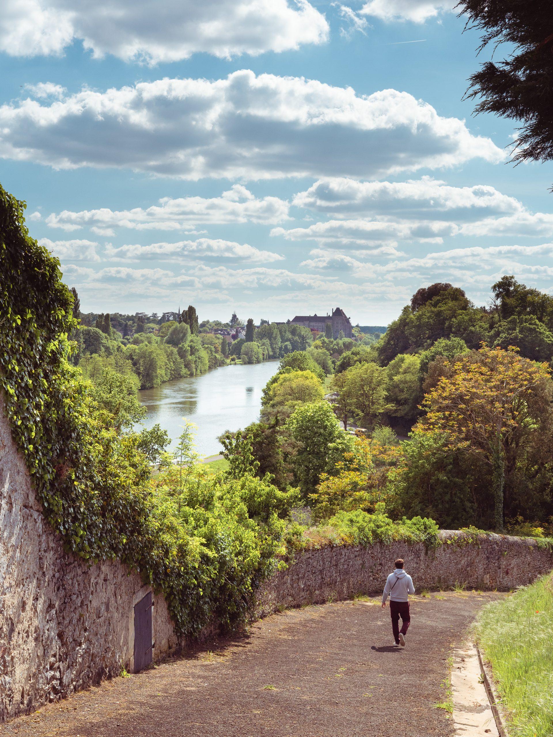village de Juigné, vue sur la vallée de la Sarthe