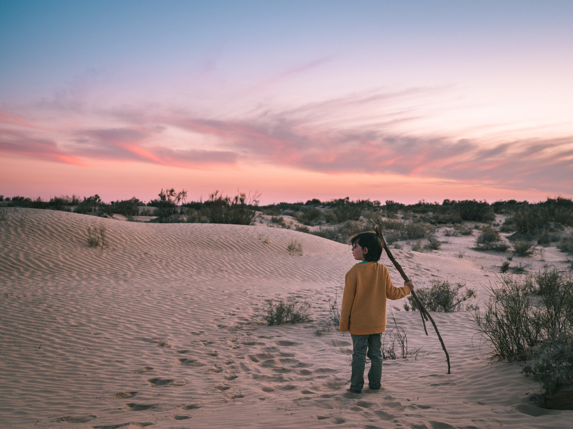 désert tunisie enfant