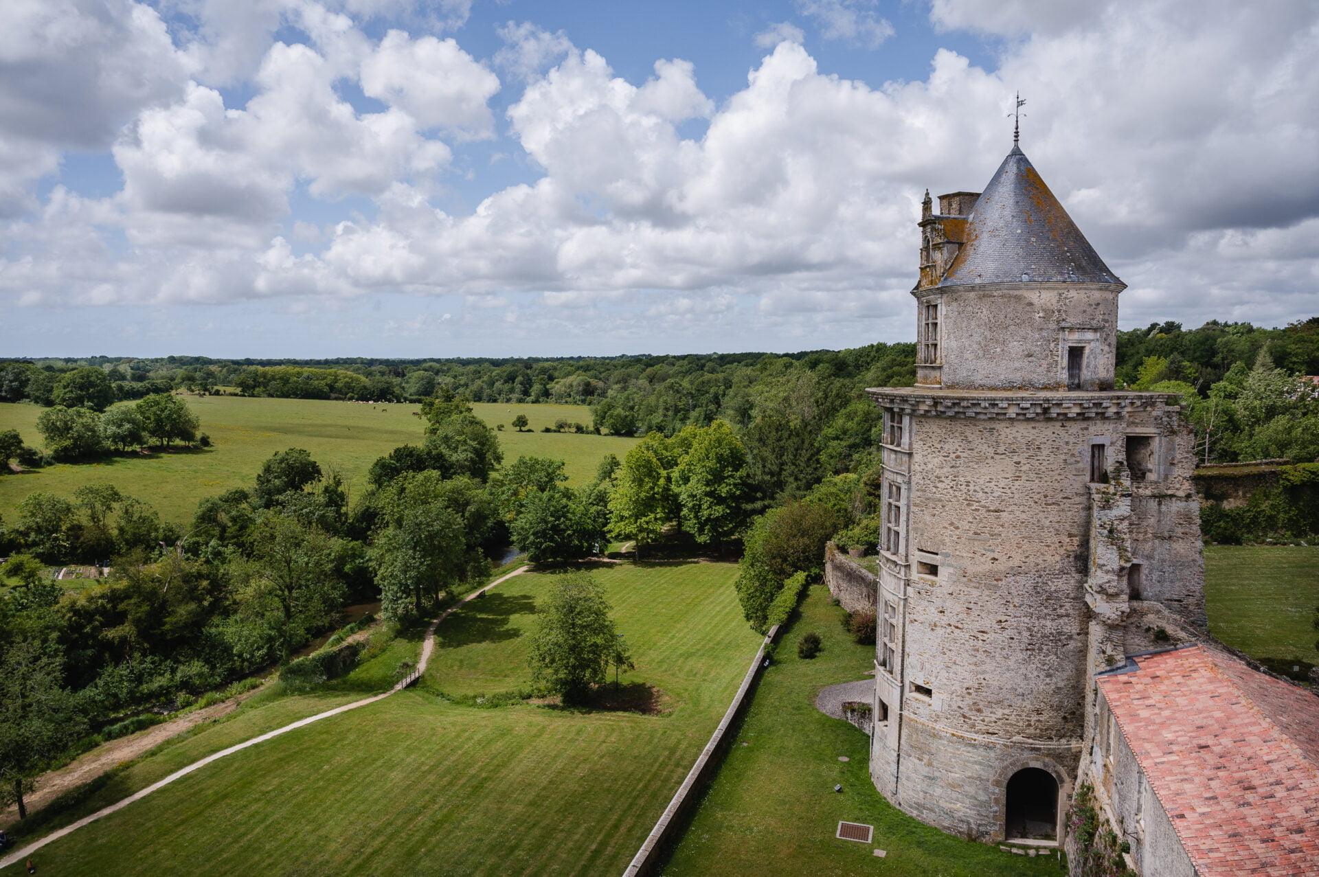 visite chateau d'apremont en vendée