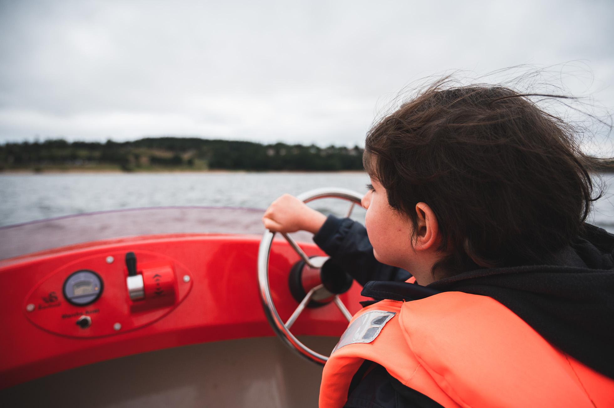 lac de naussac balade bateau électrique